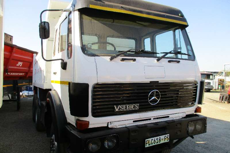Mercedes Benz 26-24 Tipper 10mm Truck