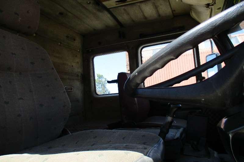 Mercedes Benz 26-36 Tipper 10m Truck