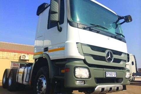 Mercedes Benz 3344 Actros- Truck