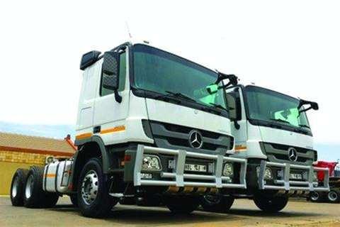 Mercedes Benz 3344 TT 6x4 Actros- Truck