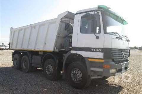 Mercedes Benz 4148  Truck