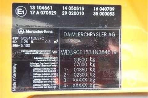 Mercedes Benz 511  Truck