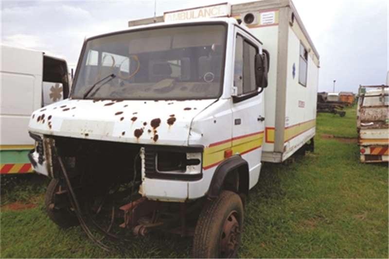 Mercedes Benz 811 Truck