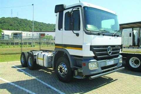 Truck Mercedes Benz Actros 3348S/33 6x4 Truck Tractor- 2007