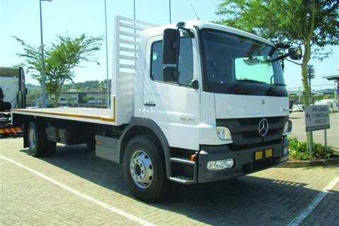 Mercedes Benz Atego 1528/54 Flatdeck Automatic and Towage- Truck