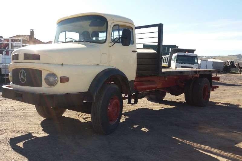 Mercedes Benz Bullnose 14-18 Truck