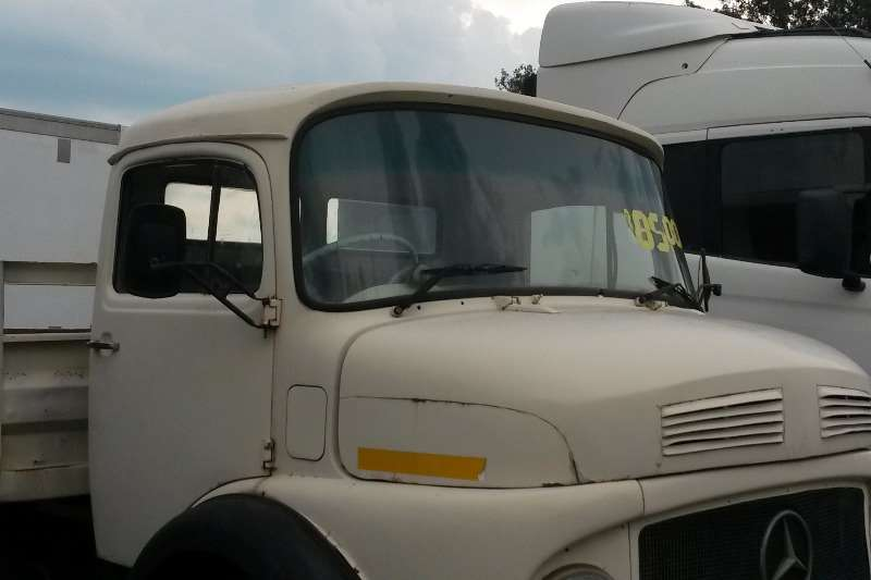 Mercedes Benz Bullnose Bull nose  dropside- Truck