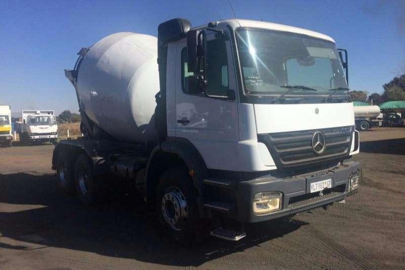 Mercedes Benz Concrete mixer 2628 CEMENT MIXER 6 CUBE Truck