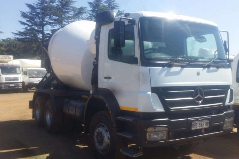 Mercedes Benz Concrete mixer AXOR 2628 Truck