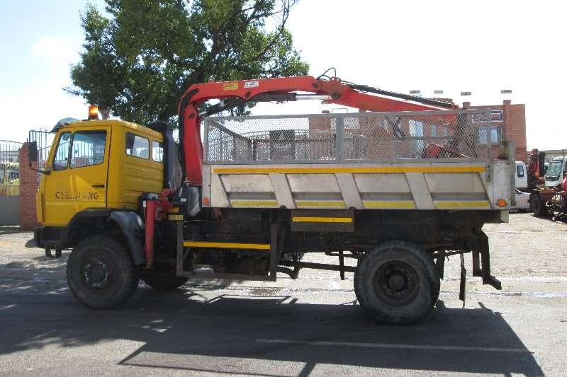 Mercedes Benz Crane truck 1617 Truck
