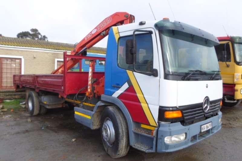 Mercedes Benz Crane truck M/Benz Atego 1517 + Fassi Truck