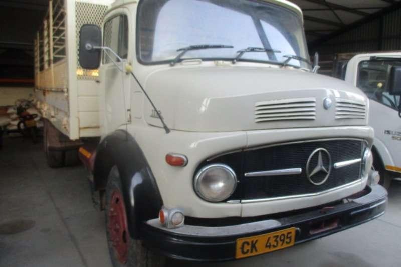 Mercedes Benz Dropside 1113 Truck