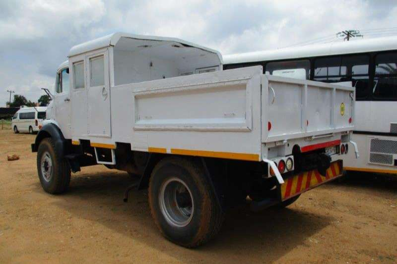 Mercedes Benz Dropside M/BENZ 4X4 DROPSIDE WITH PERSONNEL Truck