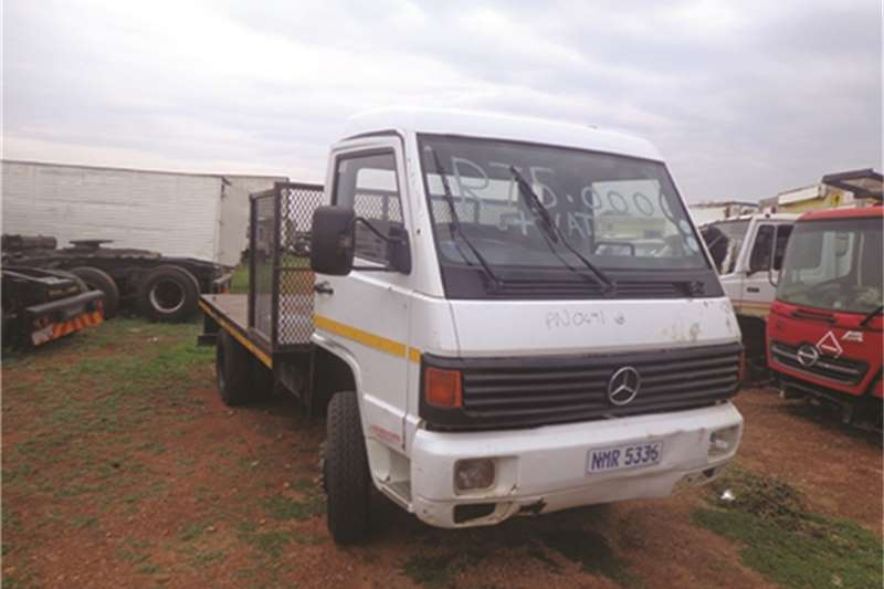 Mercedes Benz Dropside MB 800 Truck