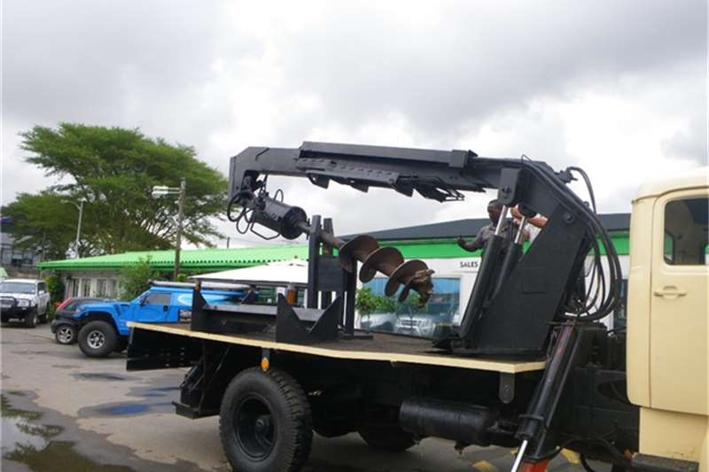 Mercedes Benz Dropside WITH AUGER WORKING DRILL Truck