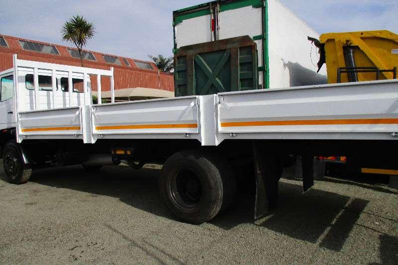 Mercedes Benz Econoliner 16-17 Drop side Truck