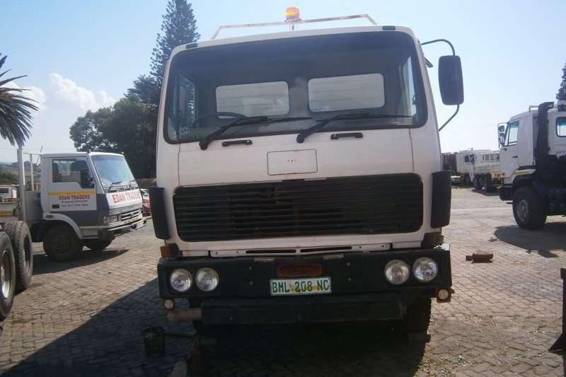 Mercedes Benz Flat deck 2219 Truck