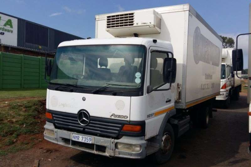 Truck Mercedes Benz Fridge Truck Atego 1017 2003