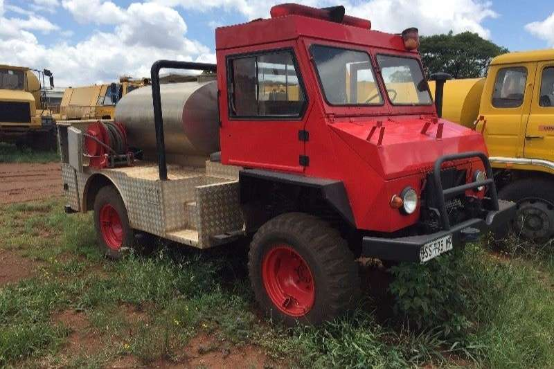 1985 mercedes benz 1985 unimog mercedes 4x4 fire fighters other truck trucks for sale in gauteng. Black Bedroom Furniture Sets. Home Design Ideas