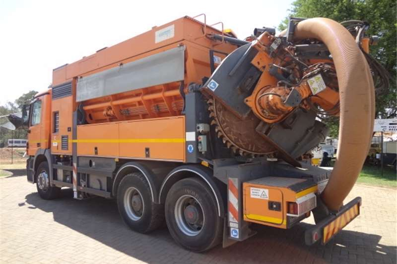 Mercedes Benz Other Actros 3335 with SA Marails cleanfast Trenching Eq Truck