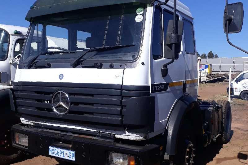 Mercedes Benz SINGLE DIFF MERCEDES 1729 Truck
