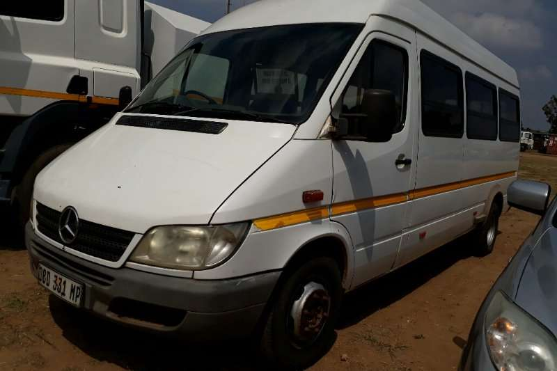 Truck Mercedes Benz Sprinter 2004