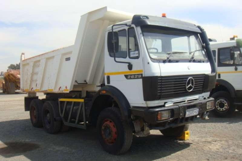 1995 mercedes benz 2629 tipper tipper truck trucks for sale in gauteng on truck trailer. Black Bedroom Furniture Sets. Home Design Ideas