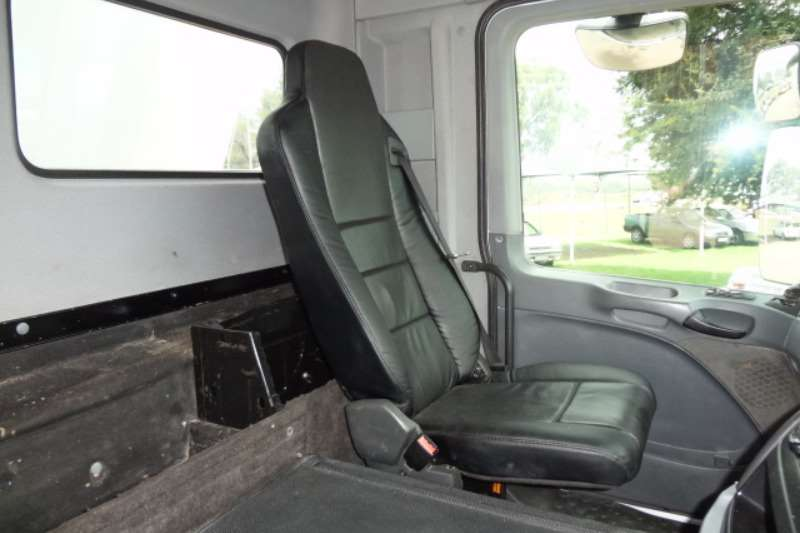 Mercedes Benz Tipper 3331 Actros Ten Cube Tipper Truck
