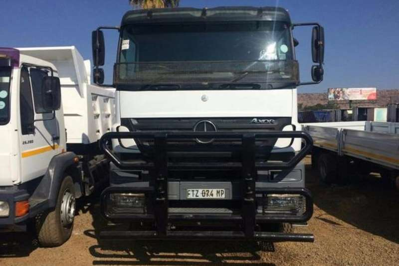 Mercedes Benz Tipper 3335 Truck
