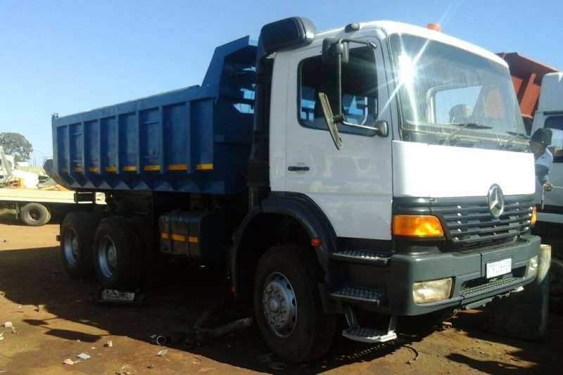 Truck Mercedes Benz Tipper MERC BENZ 10 CUBE TIPPER 2004