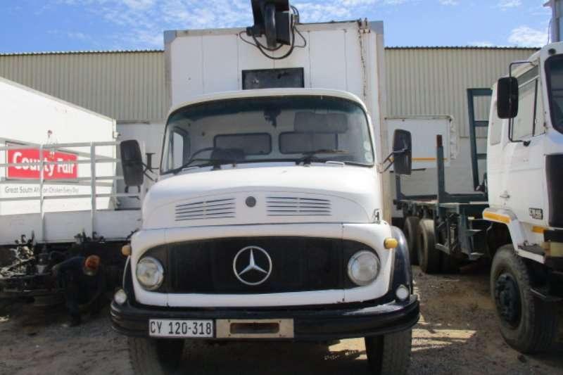 Mercedes Benz Volume body 1113 Truck