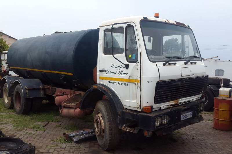 Mercedes Benz Water tanker 2219 Truck