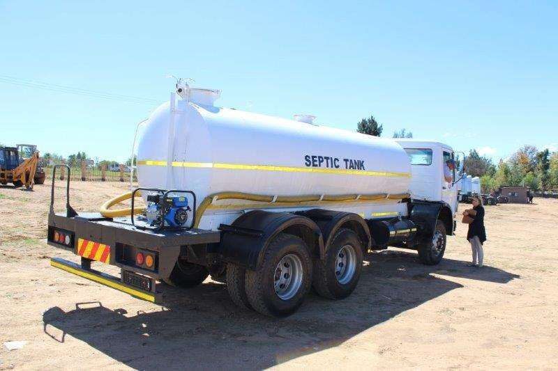 Mercedes Benz Water tanker M/BENZ 2219 V-SERIES SEPTIC TANKER Truck