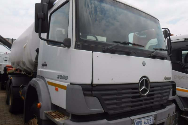 Truck Mercedes Benz Water Tanker MERC BENZ 2628 WATERTANKER 14000 LITRE 2005