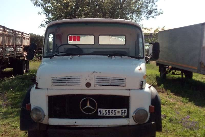 Mercedes Benz Water tanker Mercedes Benz 113 Water Tanker Truck