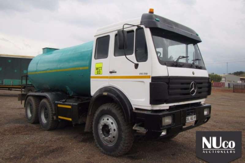 Mercedes Benz Water tanker MERCEDES V-SERIES 18,000L WATER TANKER Truck