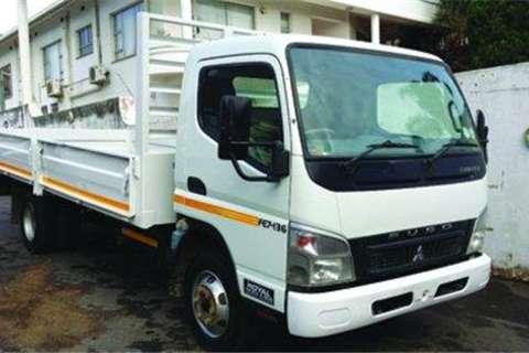 Mitsubishi 7-136 Dropside Body- Truck