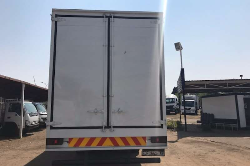Mitsubishi Curtain side MITSUBISHI FUSO 14 213 CURTAIN SIDE Truck