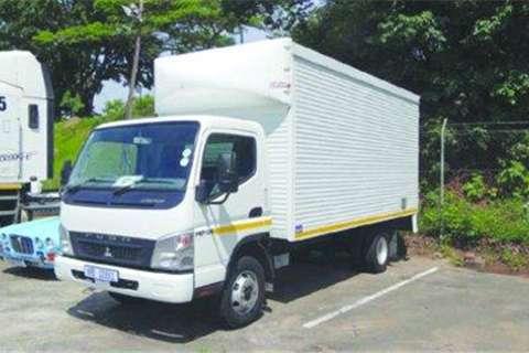 Truck Mitsubishi FE7- 2014
