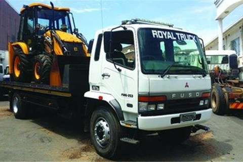 Mitsubishi FM 16-253 ROLLBACK- Truck