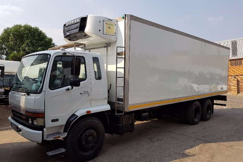 Mitsubishi Insulated fridge unit FUSO 16-253 Truck