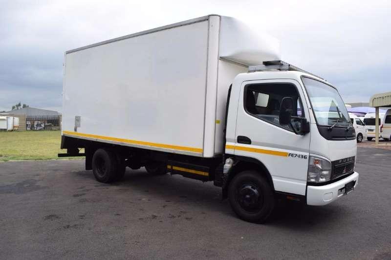 Truck Mitsubishi Volume Body FUSO FE7-136 CLOSEDBODY 4 TON 0