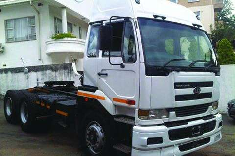 Nissan 440- Truck