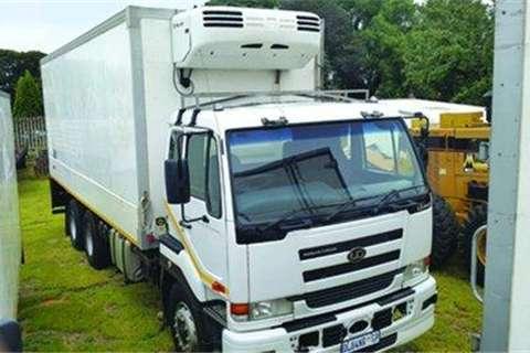 Nissan 440 Fridge truck- Truck