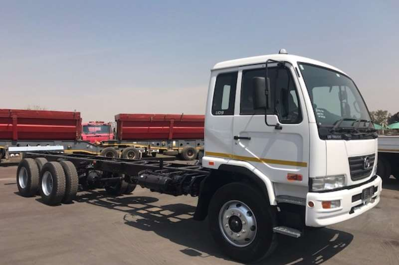 Nissan Chassis cab NISSAN UD90 TAG AXLE Truck