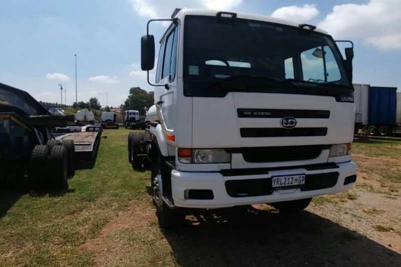 Nissan Chassis cab UD290 Truck