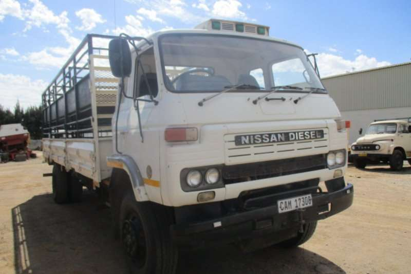Nissan CK41 DROPSIDE Truck