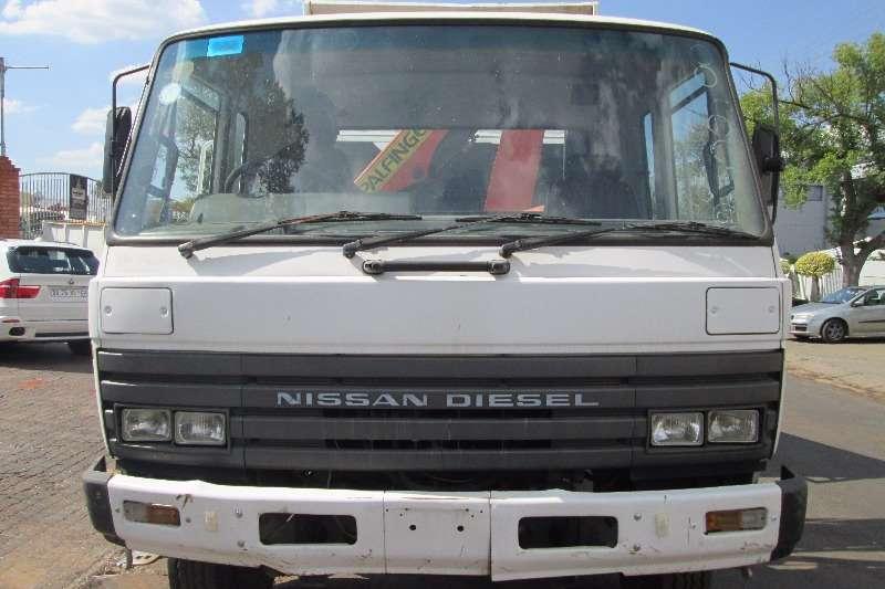 Nissan Crane truck CM12 Truck