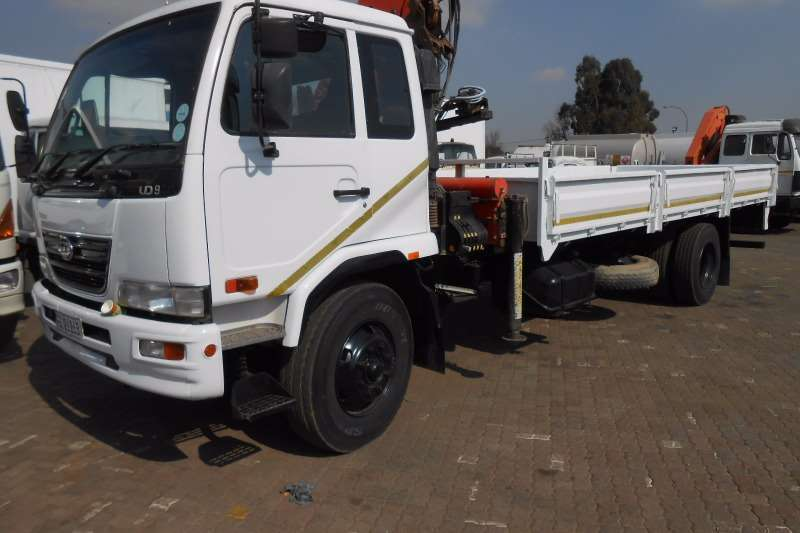 truck nissan crane truck nissan ud95 dropside with pk crane