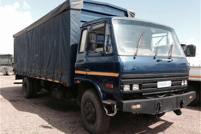 Truck Nissan Curtain Side CM14 1997